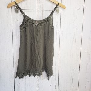 5//$25 Mossimo green summer tank top